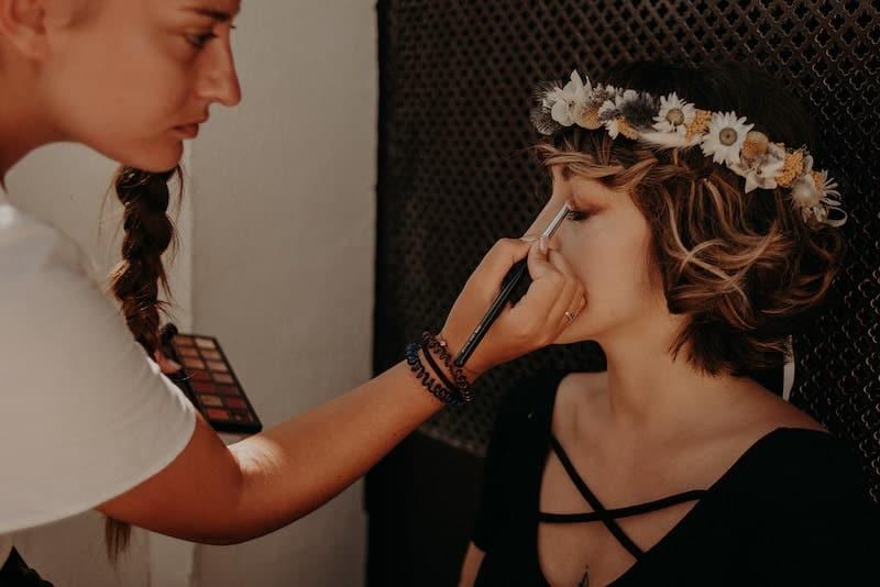maquillage-mariée-shooting-inspiration-mariage-weddingplanner-madeorganisation-14