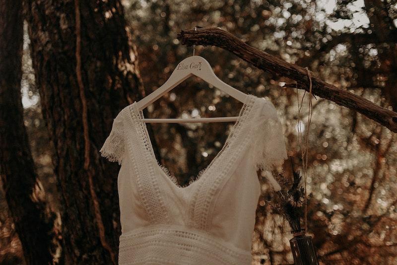 robe-elsagary-shooting-inspiration-mariage-weddingplanner-madeorganisation